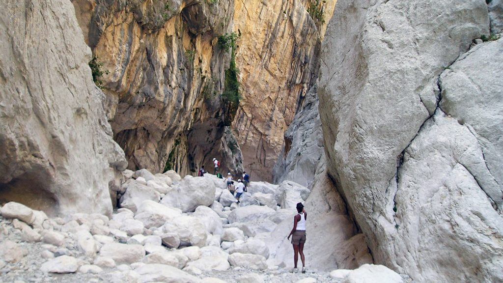 trekking excursions su gorroppu sardinia