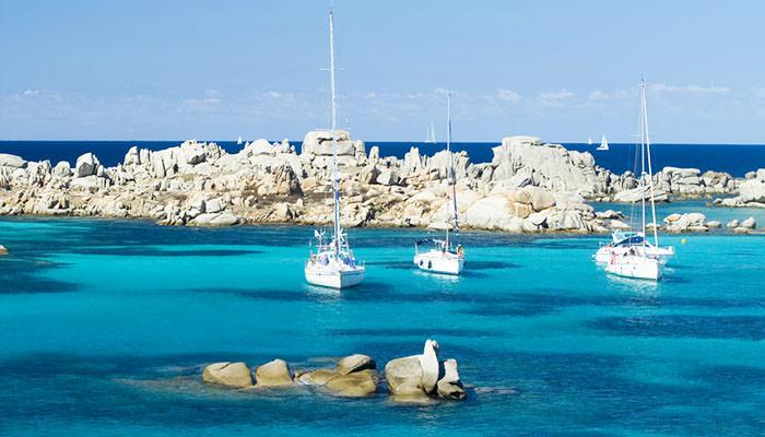 escursione barca a vela villasimius