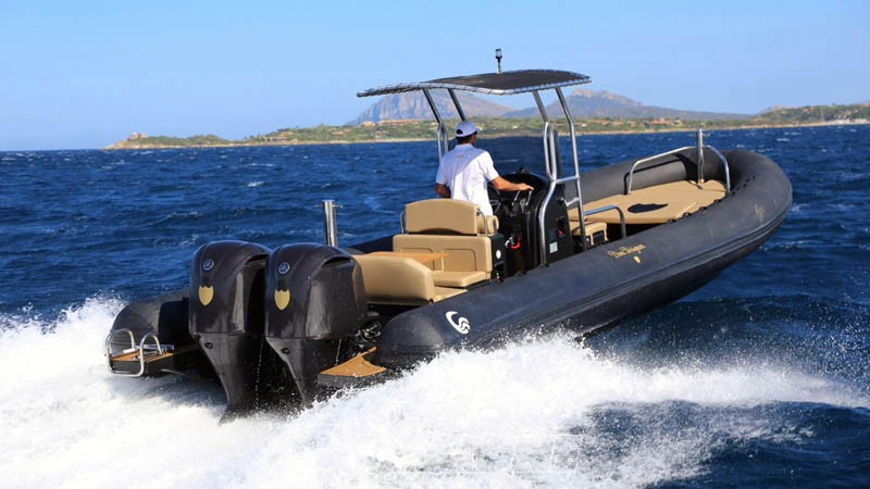 rental boats and rafts sardinia