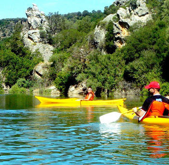 excursion canoe lake sardinia