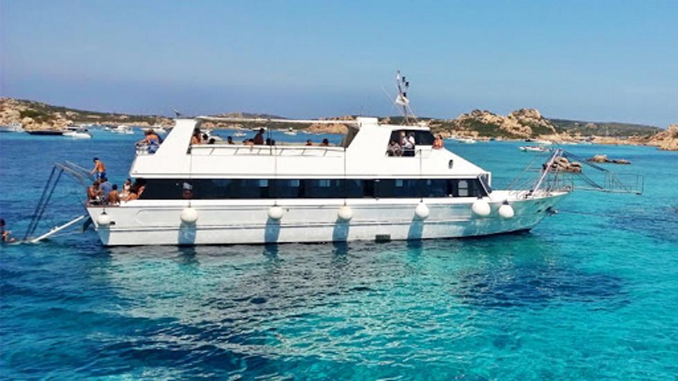 boat tavolara island sardinia