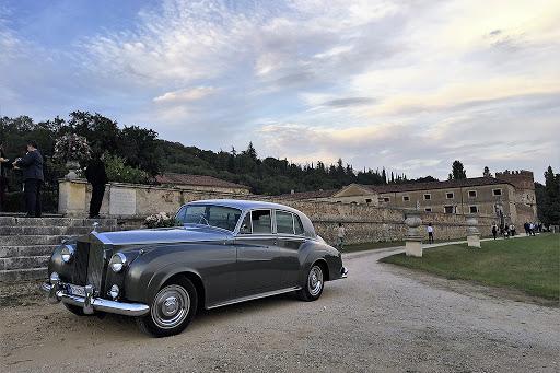 happy tour vintage car hire