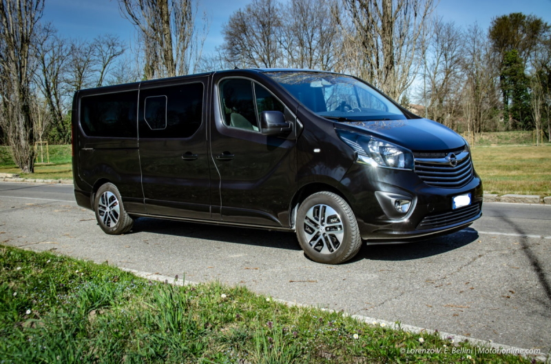 happy tour rental van opel vivaro sardinia