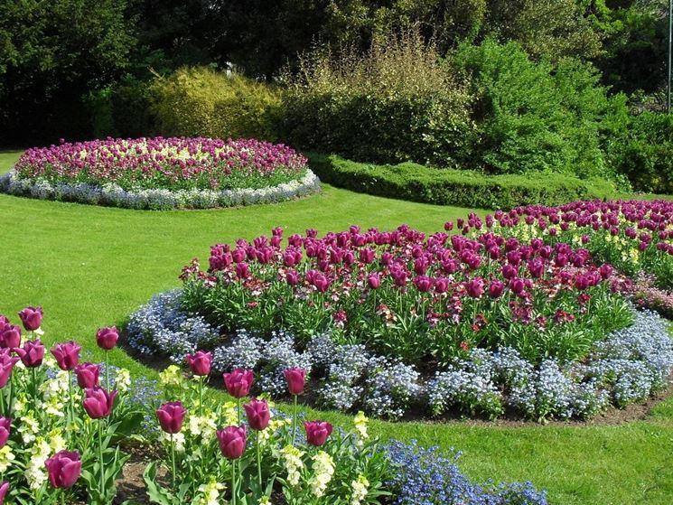 servizio giardinaggio e manutenzione aree verdi